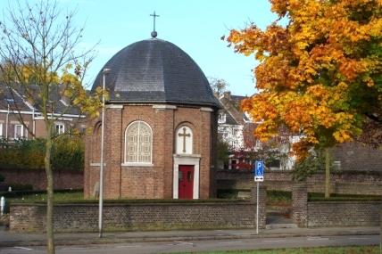 De St. Lambertuskapel en omgeving anno 2008.